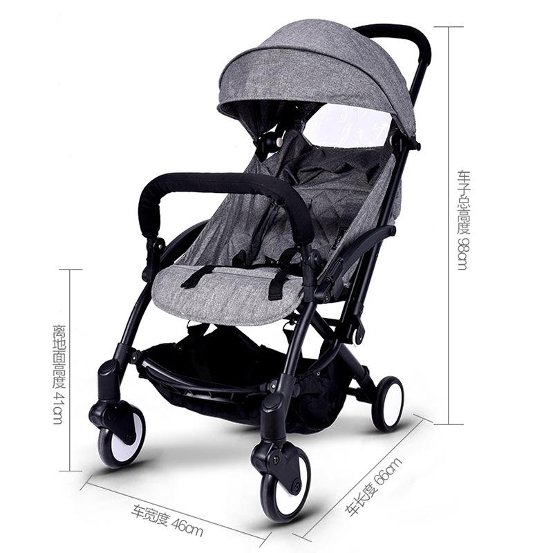 Xe nôi em bé có thể ngồi và nằm yên một cái xe đẩy nhỏ nhỏ