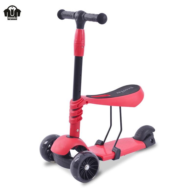 Bánh xe của scooter con nít có thể bay lên và bay xuống 2-8 tuổi có thể có ba ghế y trong một lần tr