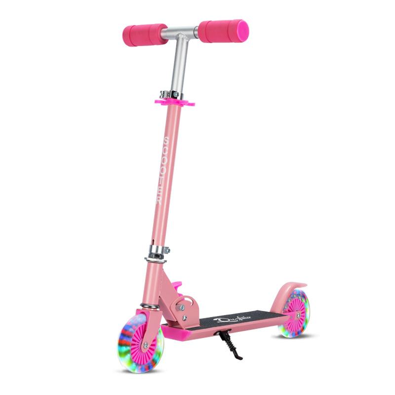 Xe scooter của trẻ em