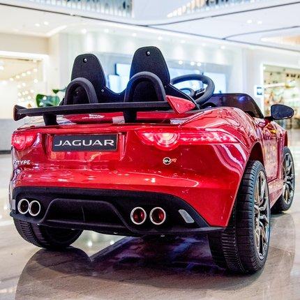 Xe điều khiển từ xa Xe điện trẻ em điều khiển từ xa bốn bánh của Jaguar có thể ngồi trên xe đẩy trẻ