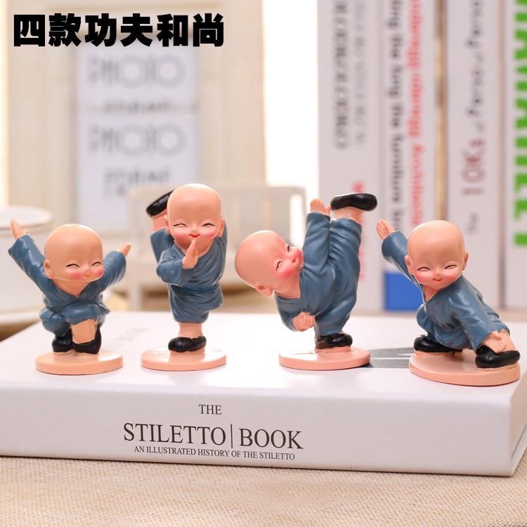 WOGAO Đồ trang trí bằng cao su Nhựa trang trí sáng tạo Bốn Little Monk Trang trí xe Shaolin Kung Fu