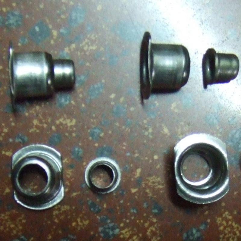 Cung cấp tất cả các loại đinh rỗng, thép không rỉ, đinh hai chiều kim loại, đinh hai lớp thép, đinh