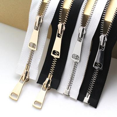 RZT Dây kéo kim loại Dây kéo đồng kim loại số 5 nylon đen và trắng phụ kiện túi quần áo có thể mở và