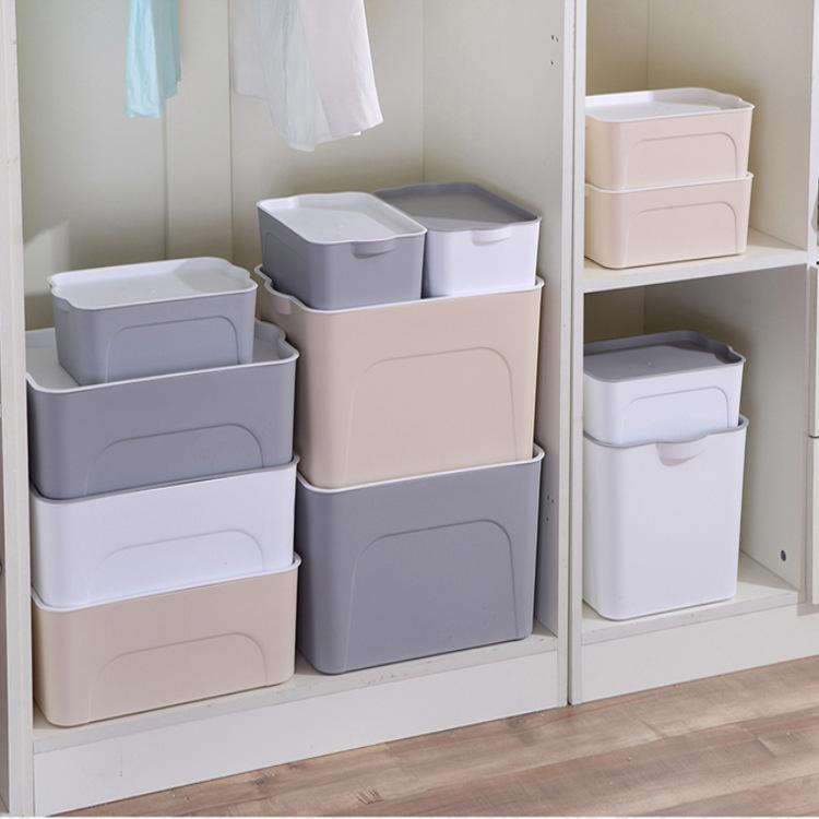 Hộp nhựa lưu trữ đồ đa dụng nhiều kích cỡ .