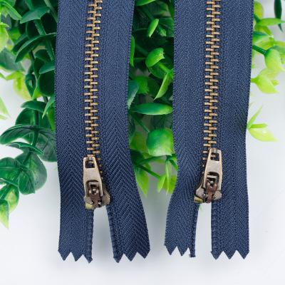 AAY Dây kéo kim loại Bán trực tiếp số 4 dây kéo đồng màu xanh lá cây dây kéo kim loại đặc biệt cho q