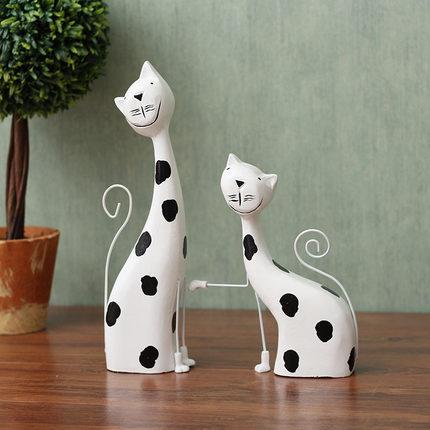 Đồ trang trí bằng gỗ  Bắc Âu sơn gỗ mèo con sáng tạo cặp đôi mèo phòng khách may mắn trang trí nhà t