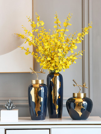 Đồ trang trí bằng gốm sứ Bình hoa sang trọng nhẹ trang trí gốm sứ phong cách Trung Quốc mới cắm hoa