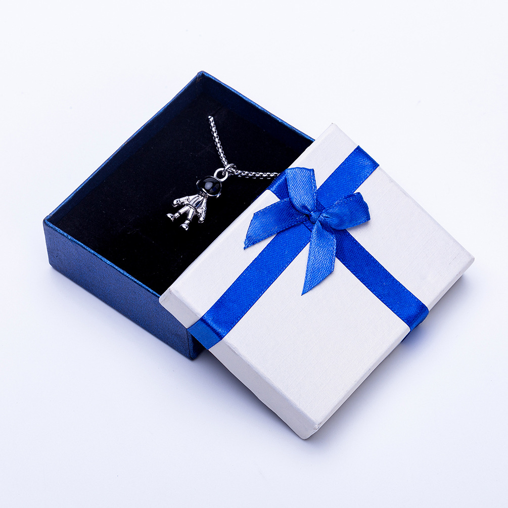 Jewelry box Ring earring box Necklace jewelry box Kraft paper material packaging Gift bag direct sal