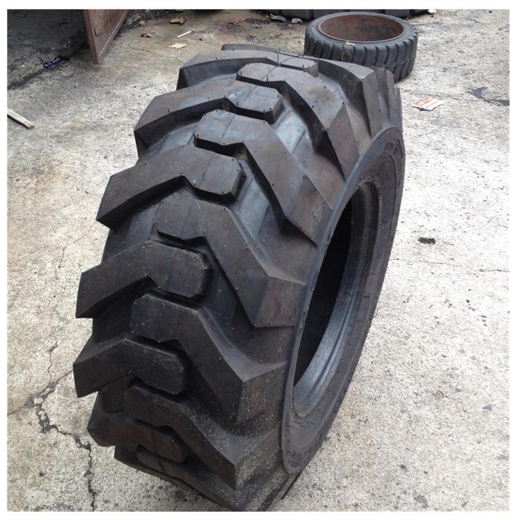 Solid tire 15-20 contour tire