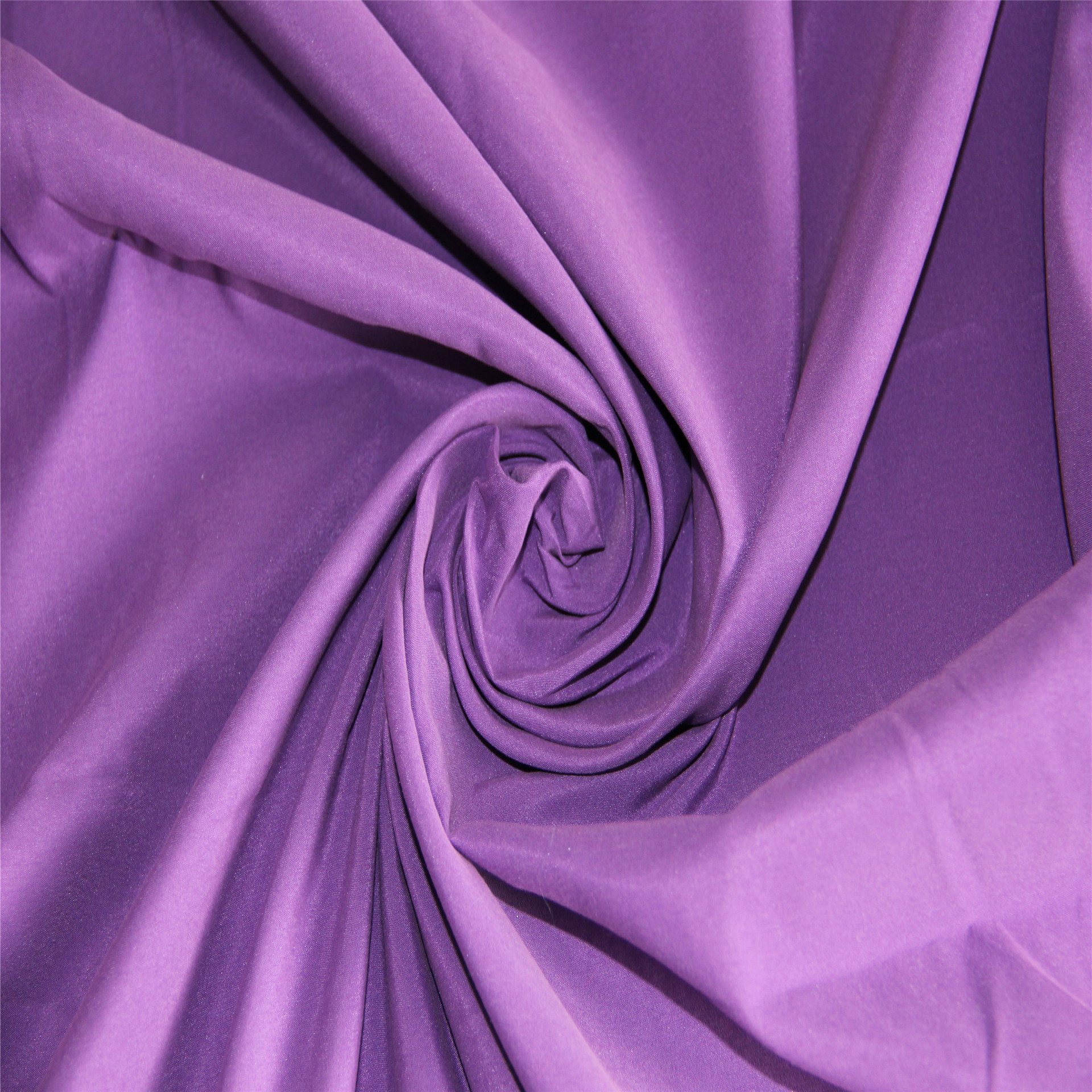 Leading sheep textile fabric factory direct sales of polyester peach skin fabric dyed with twill pea