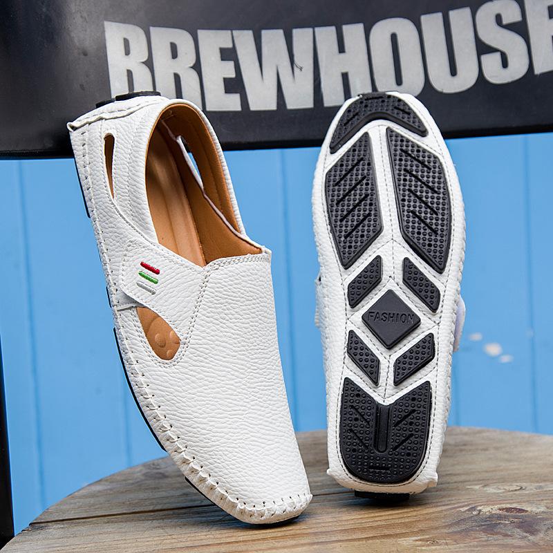 Giày mọi lười bằng da kiểu Rỗng và thoáng khí cho nam .