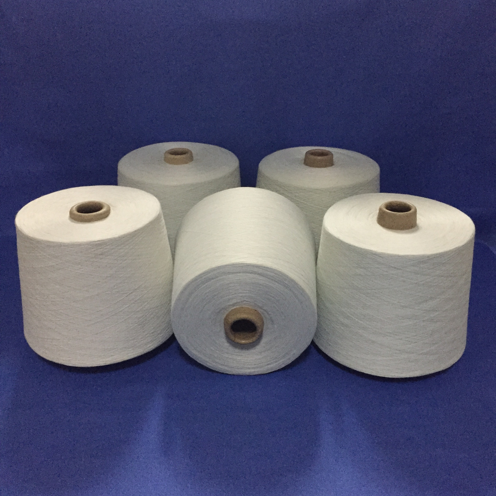 Polyester/cotton yarn T/C65/35 32 count blended yarn for self-winding knitting machine weaving and p