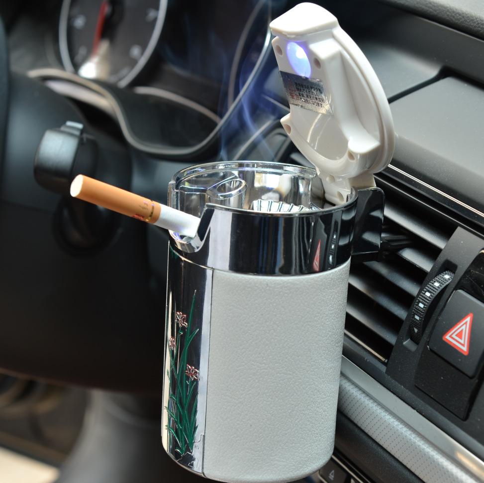 Gạt tàn xe hơi bằng sợi carbon có đèn