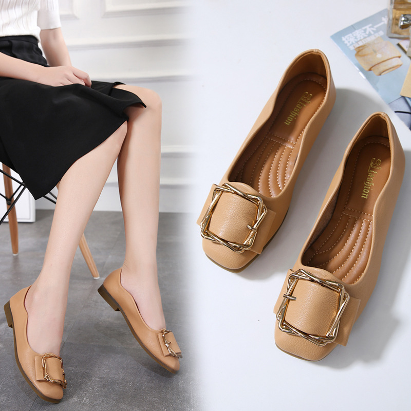 Autumn 2020 new casual square toe shallow mouth peas shoes soft leather non-slip square buckle comfo