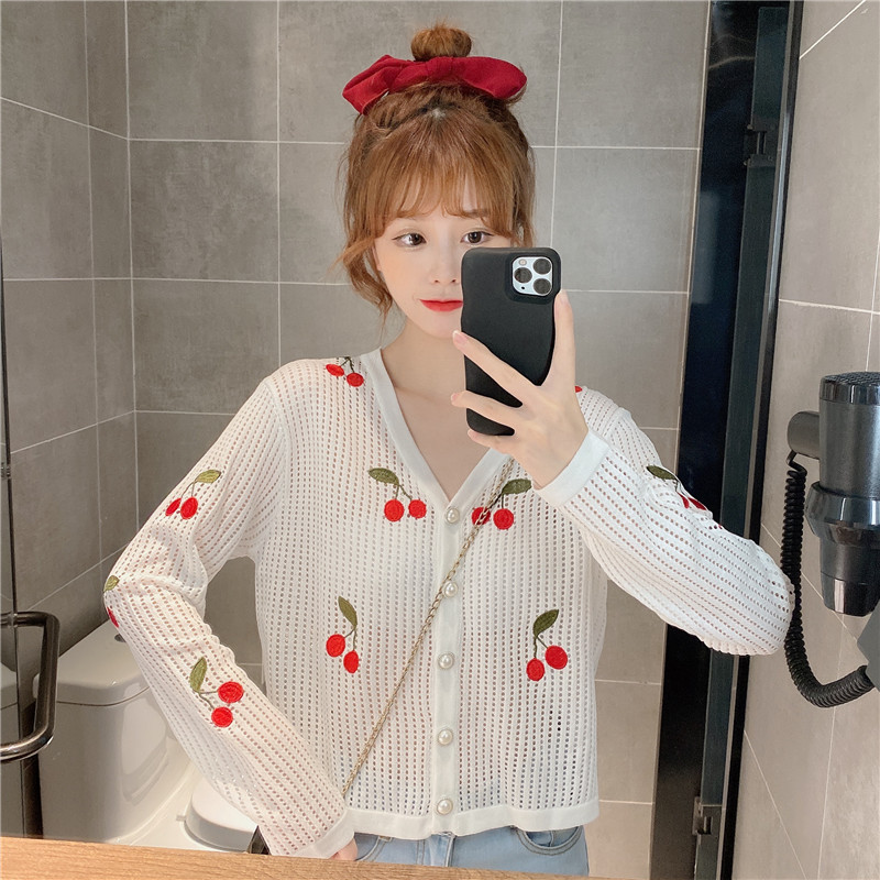 2020 autumn new thin knitted cherry cardigan sweet and lovely early autumn new product hollow long-s