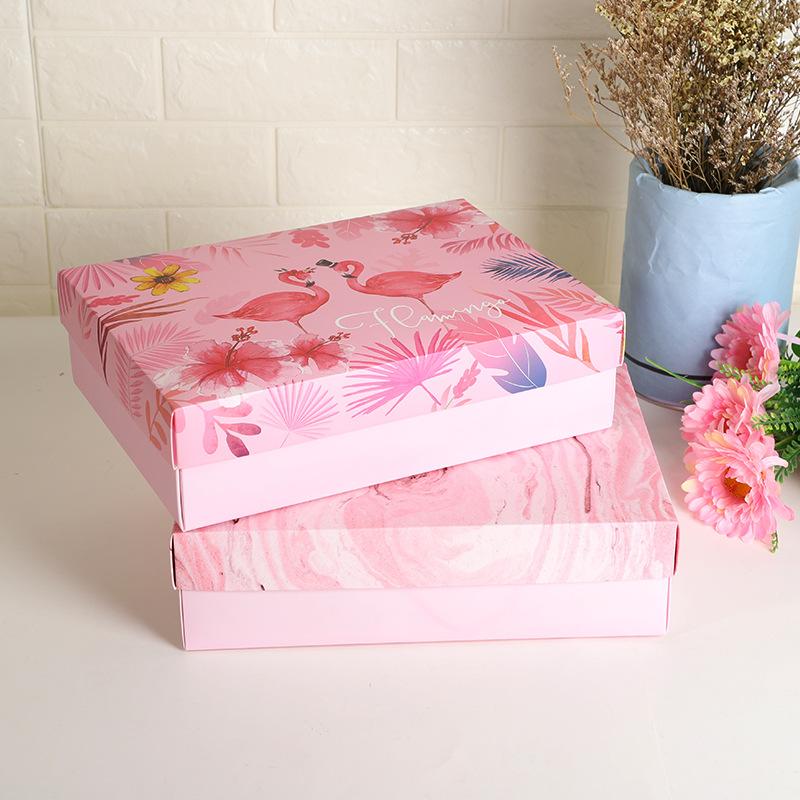QIANXITANG Pink flamingo gift box creative hand-wrapped candy box with hand-wrapped candy box