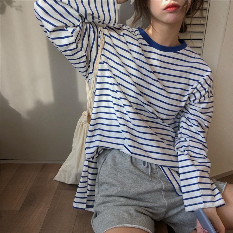 Versatile retro stripe loose hole long sleeve top female student autumn 2020 new Korean casual T-shi