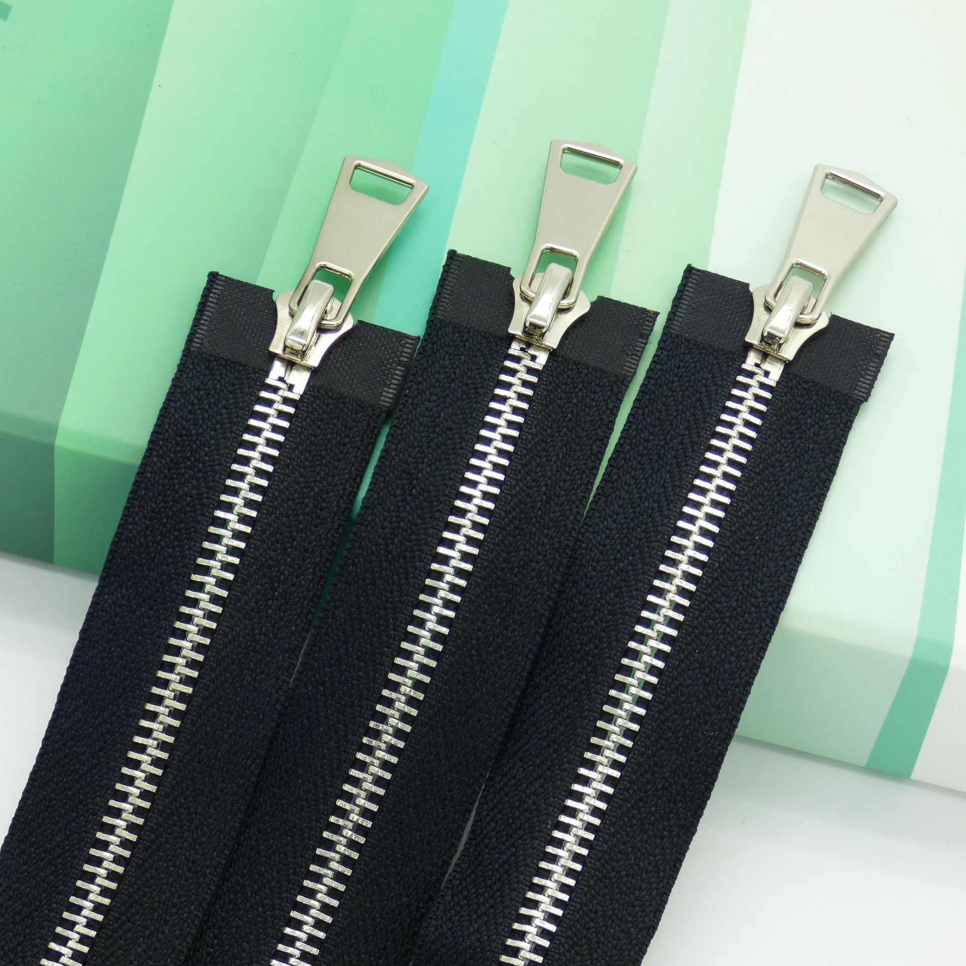 YAB Brand factory copper double open tail No.5 metal zipper customized wholesale clothing down jacke