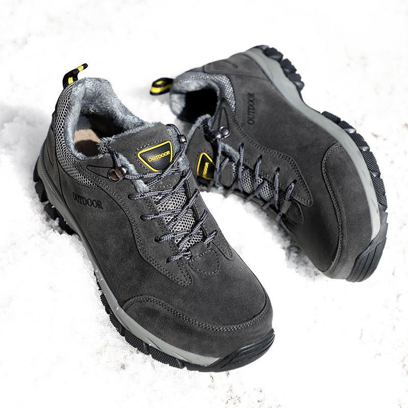 Giày đi bộ đường dài chống mài mòn dành cho nam .