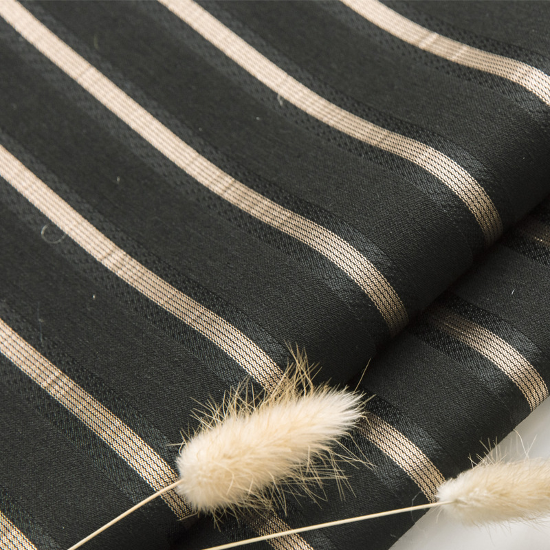 High-precision woven yarn-dyed jacquard fabric Simple and fashionable striped style Suit fashion aut