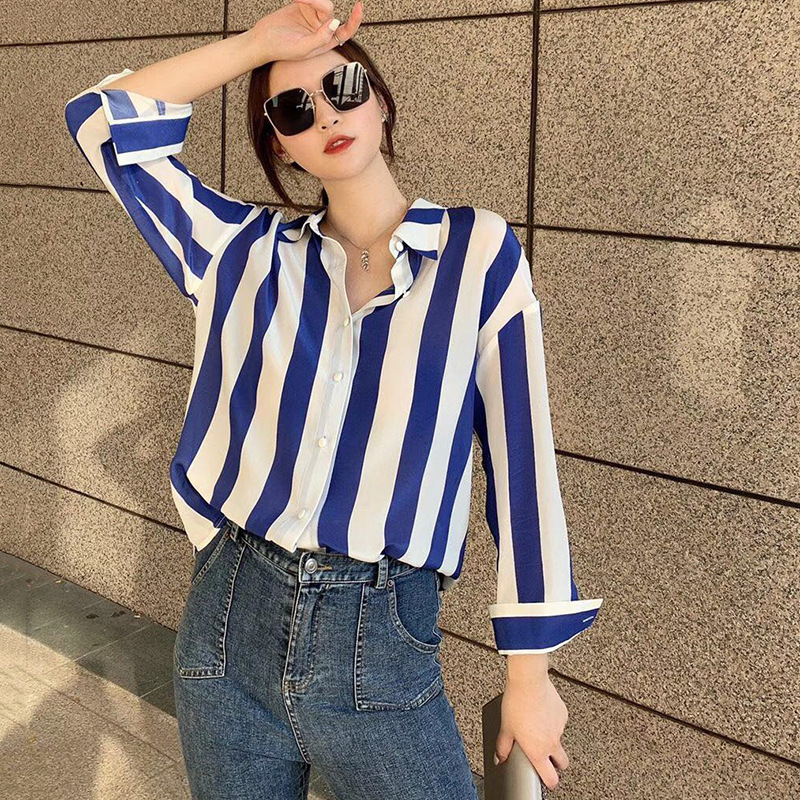Silk shirt women's new fall 2020 loose stripe Lapel single breasted mulberry silk top