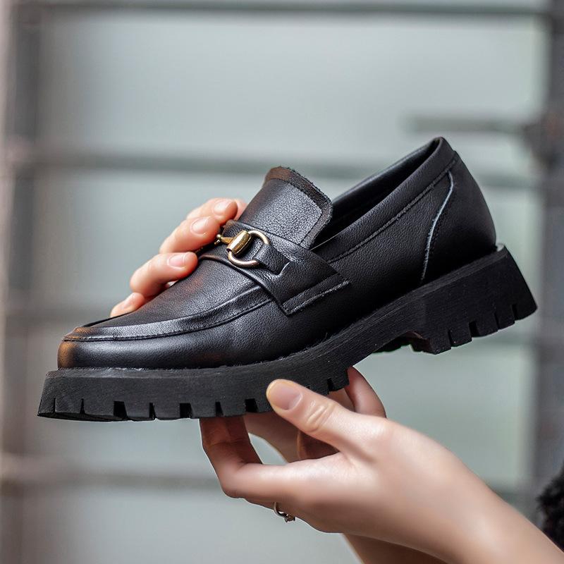 Giày mọi Da đế dày kiểu dáng sang trọng cho nữ .
