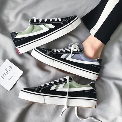 Giày bata thể thao vải Giày cho nam hợp thời trang .