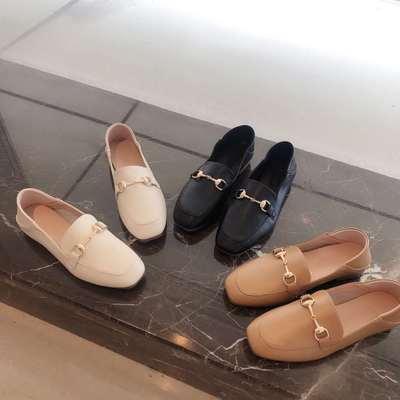 Giày Mọi Da (CARTELO) kiểu dáng đơn giản cho nữ .