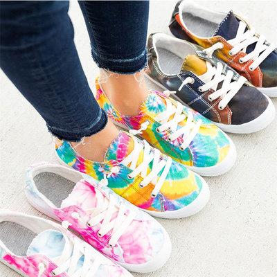Giày thể thao bệt kiểu dáng thời trang trẻ trung cho nữ .