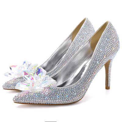 YSBN Giày cô dâu 2020 mới giày pha lê Cinderella mũi nhọn mũi nhọn sexy miệng cạn nữ giày cao gót nữ