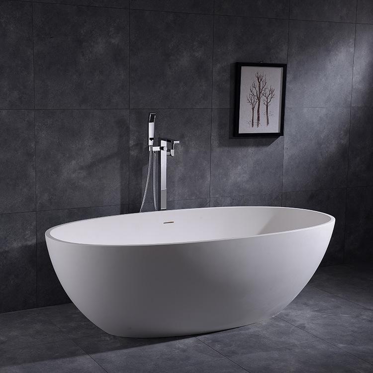 Bồn tắm đá nhân tạo màu trắng kiểu dáng bầu dục đơn giản .