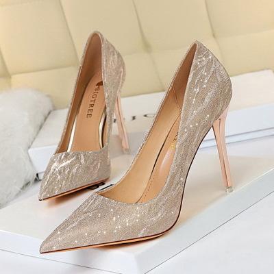 BIGTREE Giày cô dâu 1829-1 Châu Âu và Mỹ giày cao gót của phụ nữ giày gót nhọn gót nông miệng nhọn s