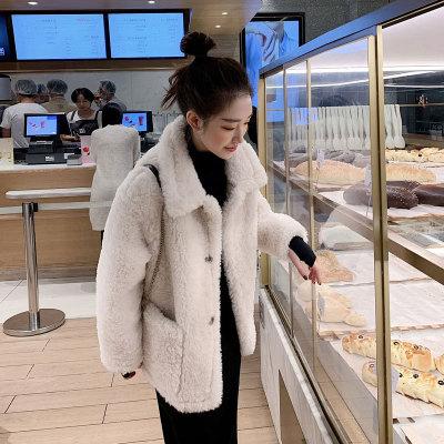 Áo khoác lửng Áo khoác len lông cừu tất cả trong một dành cho nữ mùa đông ngắn năm 2020 phiên bản hà