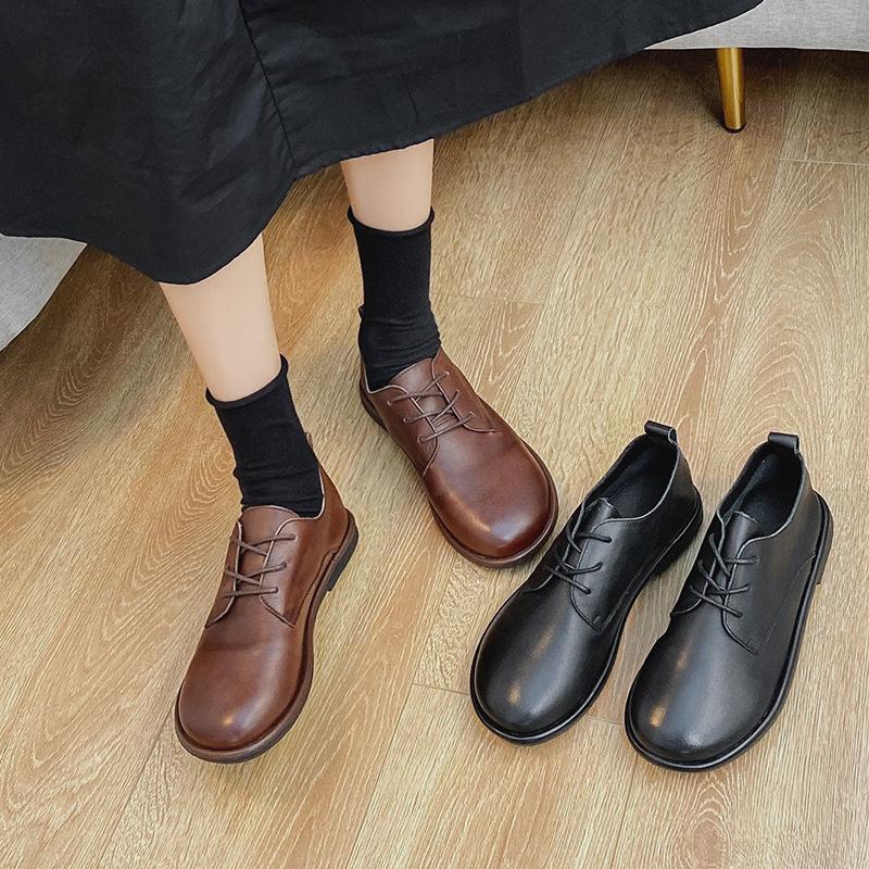 Giày da bóng phong cách retro thời trang cho nữ .
