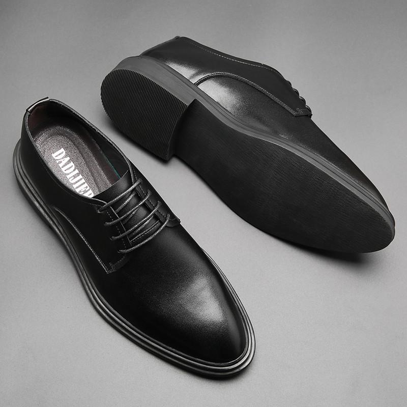 Giày da công sở kiểu dáng sang trọng cho nam .