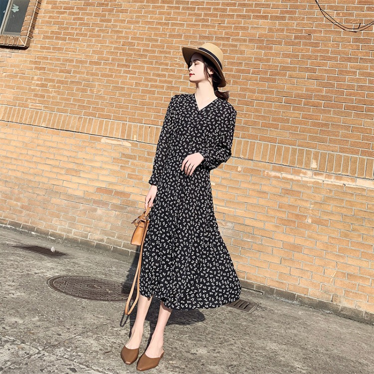 2021 spring and Autumn New Women's long sleeve floral style dress