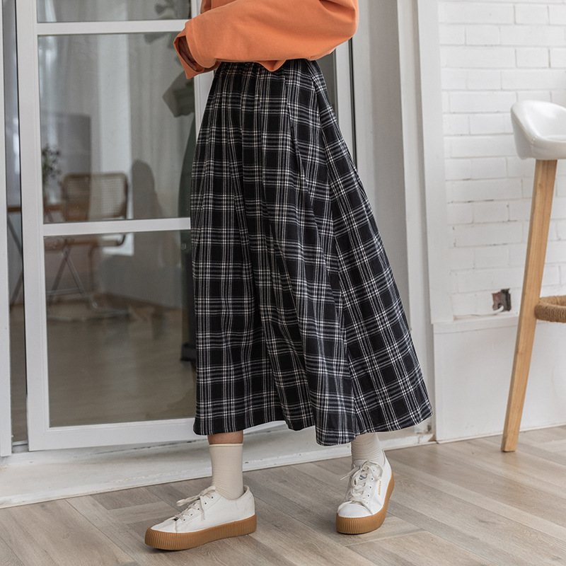 Huang Zheng's new spring and autumn 2020 cotton plaid mid length skirt