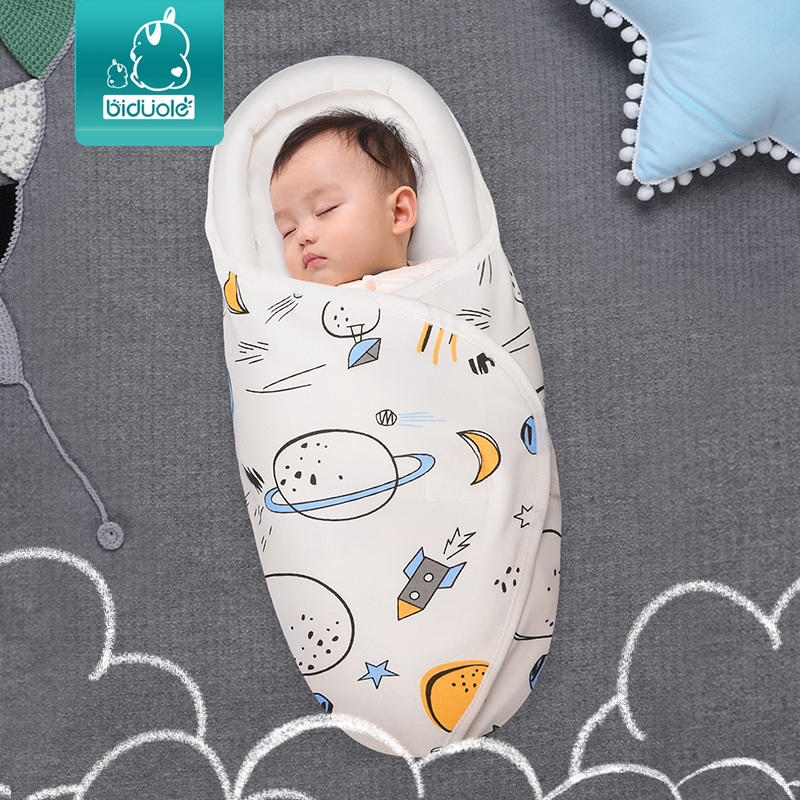 Túi ngủ kén dành cho trẻ sơ sinh ngủ ngon giấc hơn .