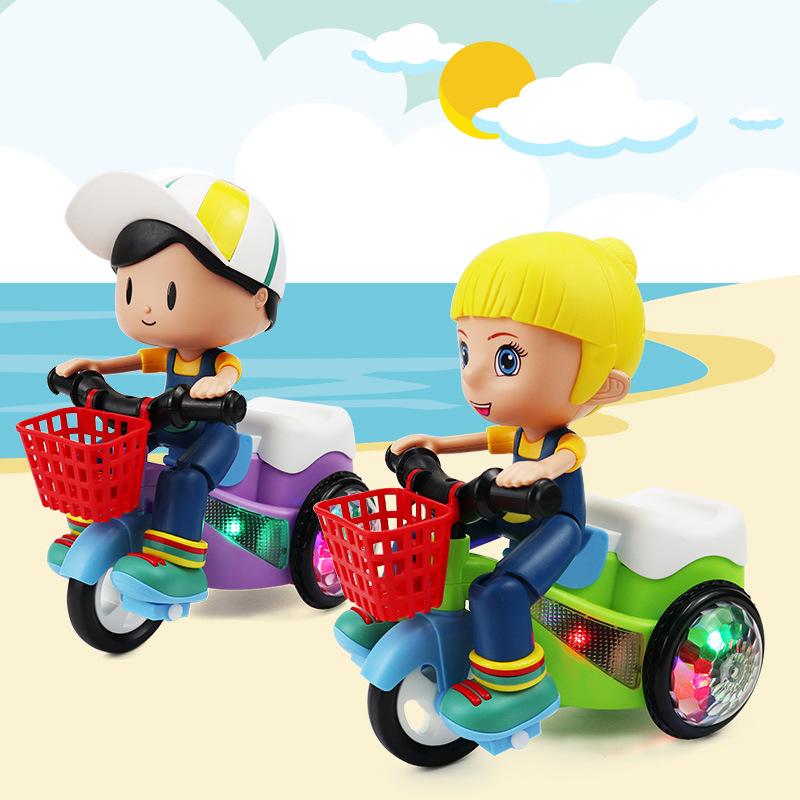 Đồ chơi cậu bé và bé gái lái xe đạp điện ba bánh xoay 360 độ cho bé .