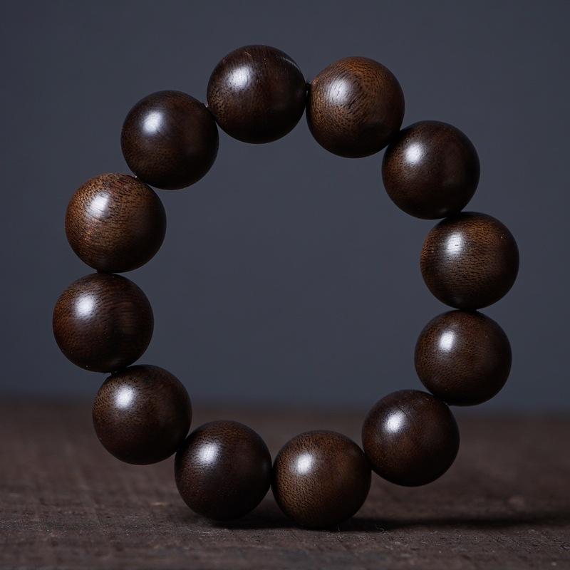 Kalimantan agarwood bracelet with 108 beads