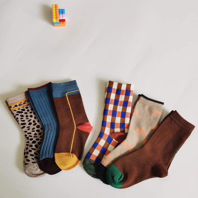 Autumn and winter 2020 Korean children's socks leopard Plaid coffee socks neutral children's socks