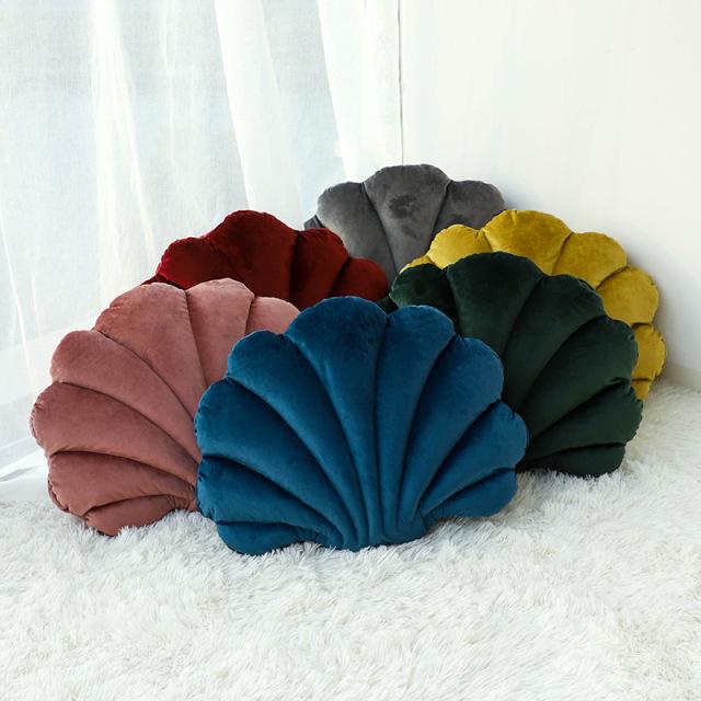 QIPIANLIN Light luxury bedroom Dutch velvet scallop cushion solid color cushion shell pillow sofa cu