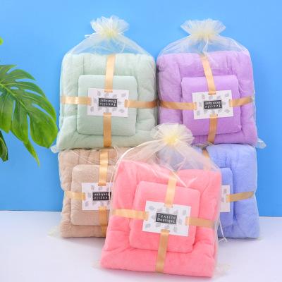Khăn tắm Nhà máy bán buôn san hô khăn lông cừu khăn tắm cho mẹ và trẻ em khăn mềm thấm nước quà tặng