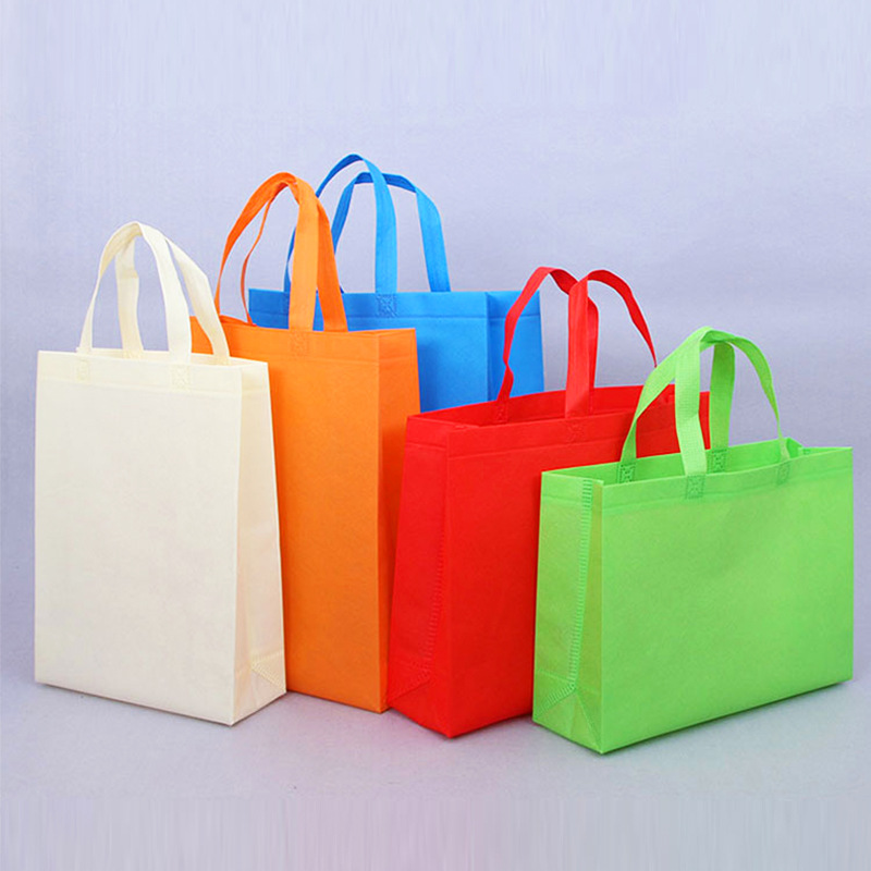 New hot pressed non-woven shopping bag portable stereo color printing film coated takeaway bag custo