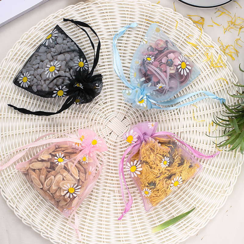 Small fresh Daisy bundle bag high density matte yarn factory direct selling jewelry packaging bag dr