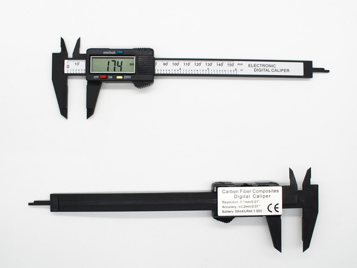 Electronic digital vernier caliper 0-150mm carbon fiber digital large screen Plastic digital caliper