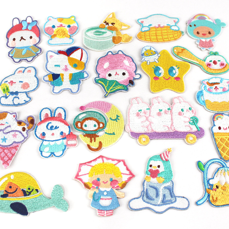 Self-adhesive embroidery cloth stickers computer embroidery logo cartoon animal embroidery new patch