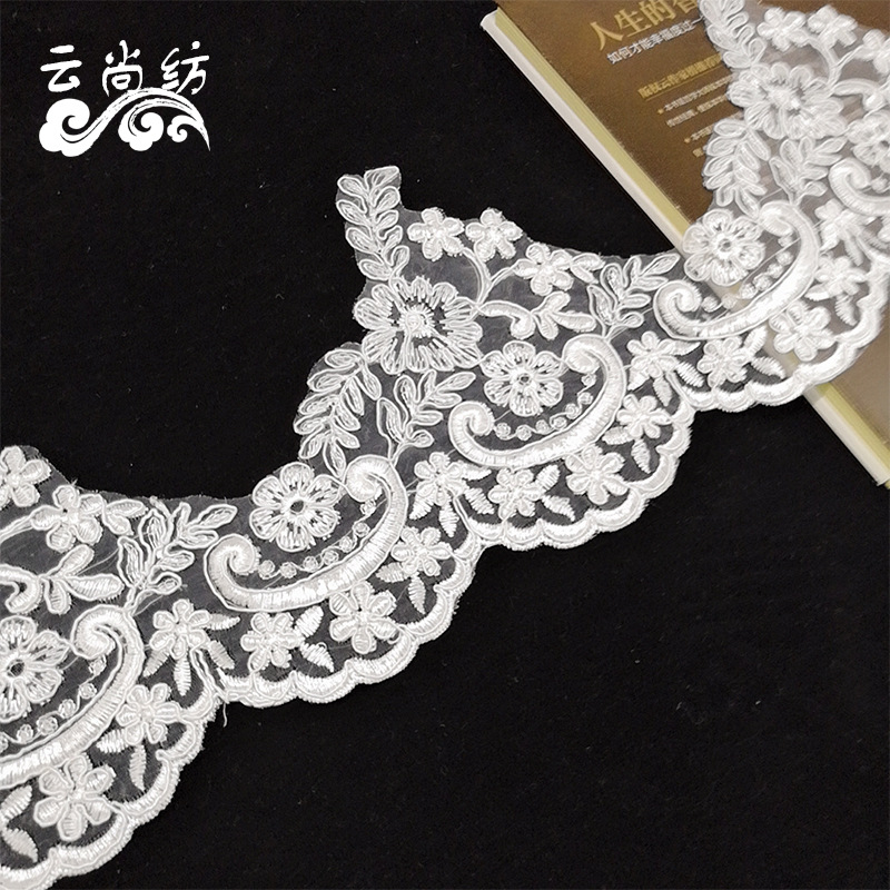 Car bone lace European style wedding dress skirt skirt neckline accessories