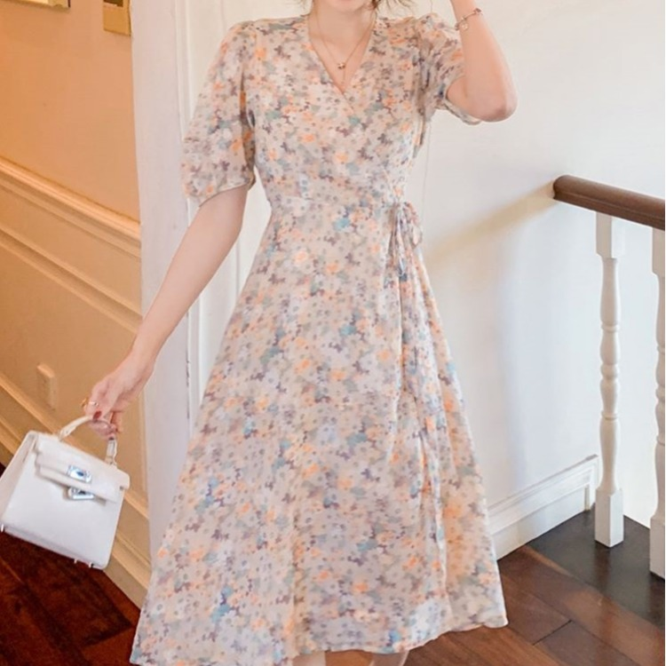 New women's oil painting dress V-neck chiffon print French floral dress sweet Japanese soft girl su