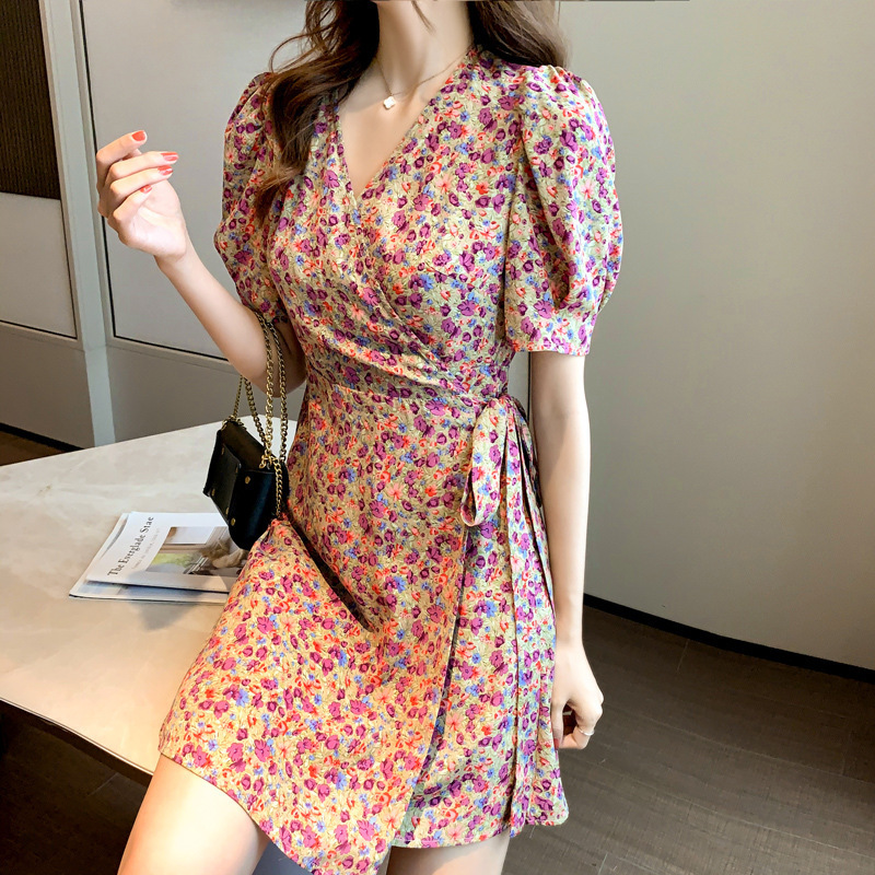 2021 new spring and summer skirt floral dress women's retro French style thin a-line small man